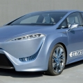 Green Motor | Toyota working on a hydrogen-fuel cell-powered car
