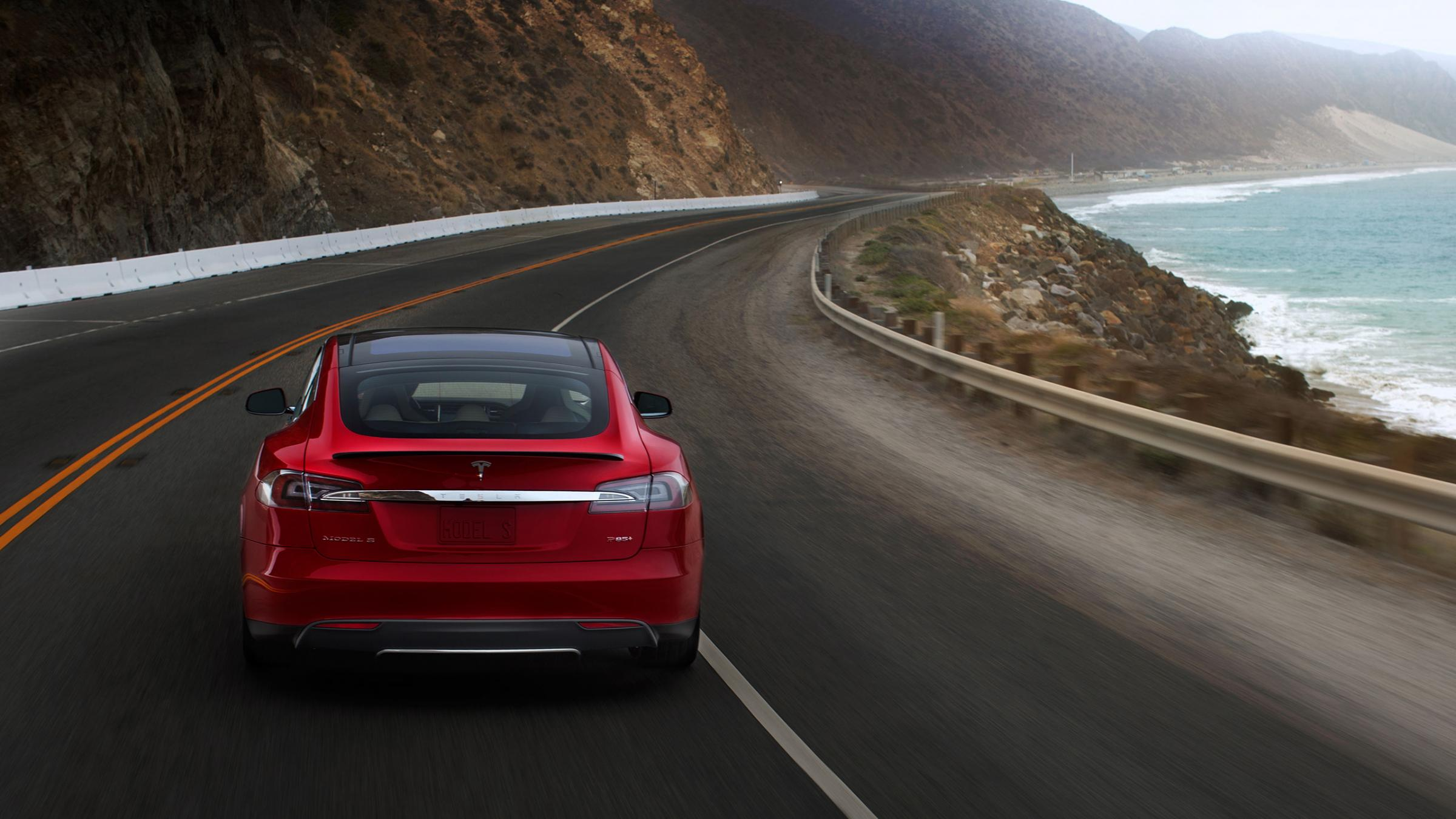 Tesla Driver Completes first Electric Vehicle U.S. Coast-to-Coast Trip with Model S